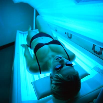 horizontal tanning bed